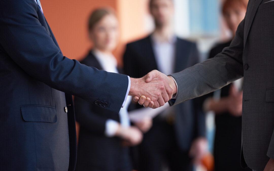 Jak kupić bezpiecznie udziały w spółce? Dlaczego tak ważne może być poprzedzenie sprzedaży udziałów audytem prawnym spółki, w której kupujemy udziały?