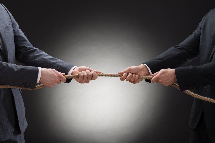 Konflikt wspólników jako powód rozwiązania spółki z o.o.